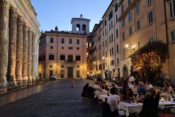 Osteria dell'ingegno serves lunch and dinner in Rome's most breathtaking piazza