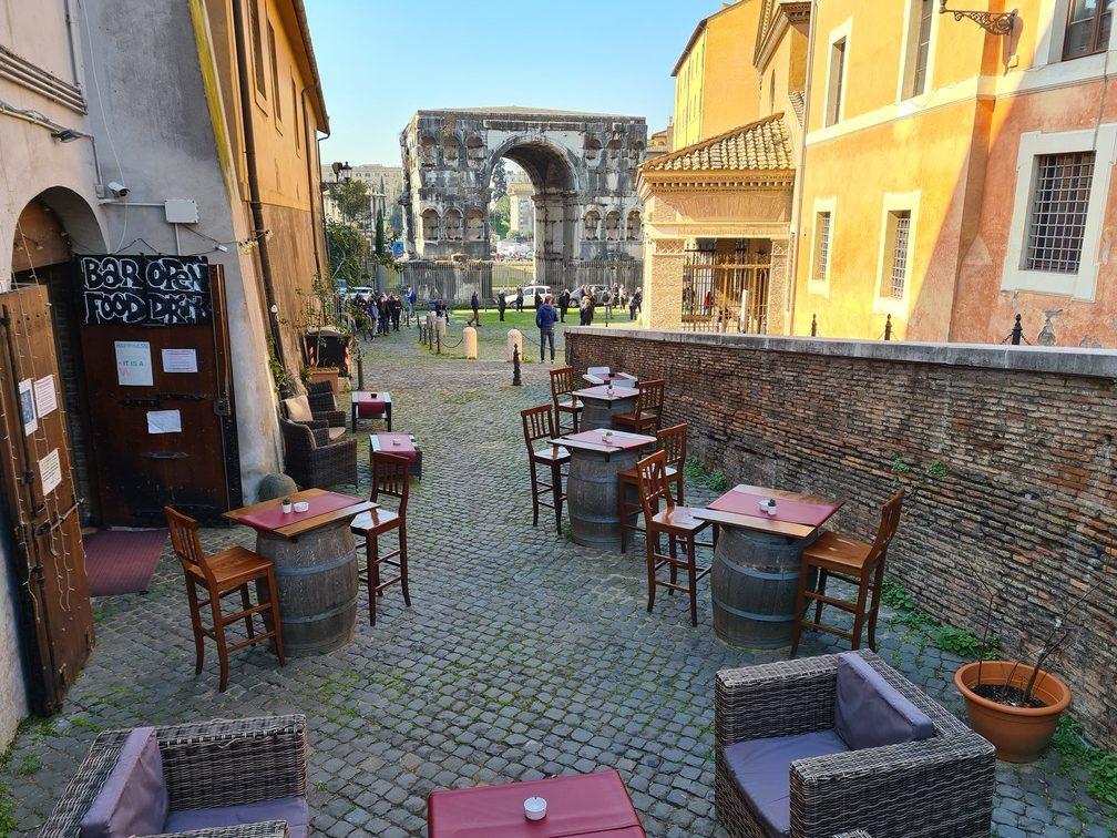 Restaurants near Circus Maximus: where to eat near Circo Massimo; bars near FAO
