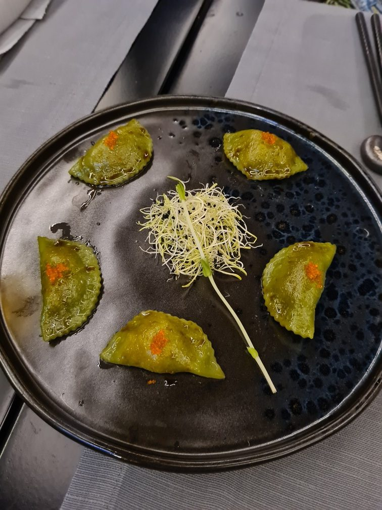 Song Chinese restaurant in Rome: Matcha and lobster dim sum