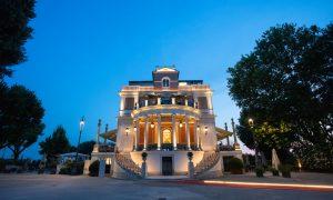 Casina Valadier Roma offers gourmet restaurant Vista Ristorante and the Chill Sunset Bar