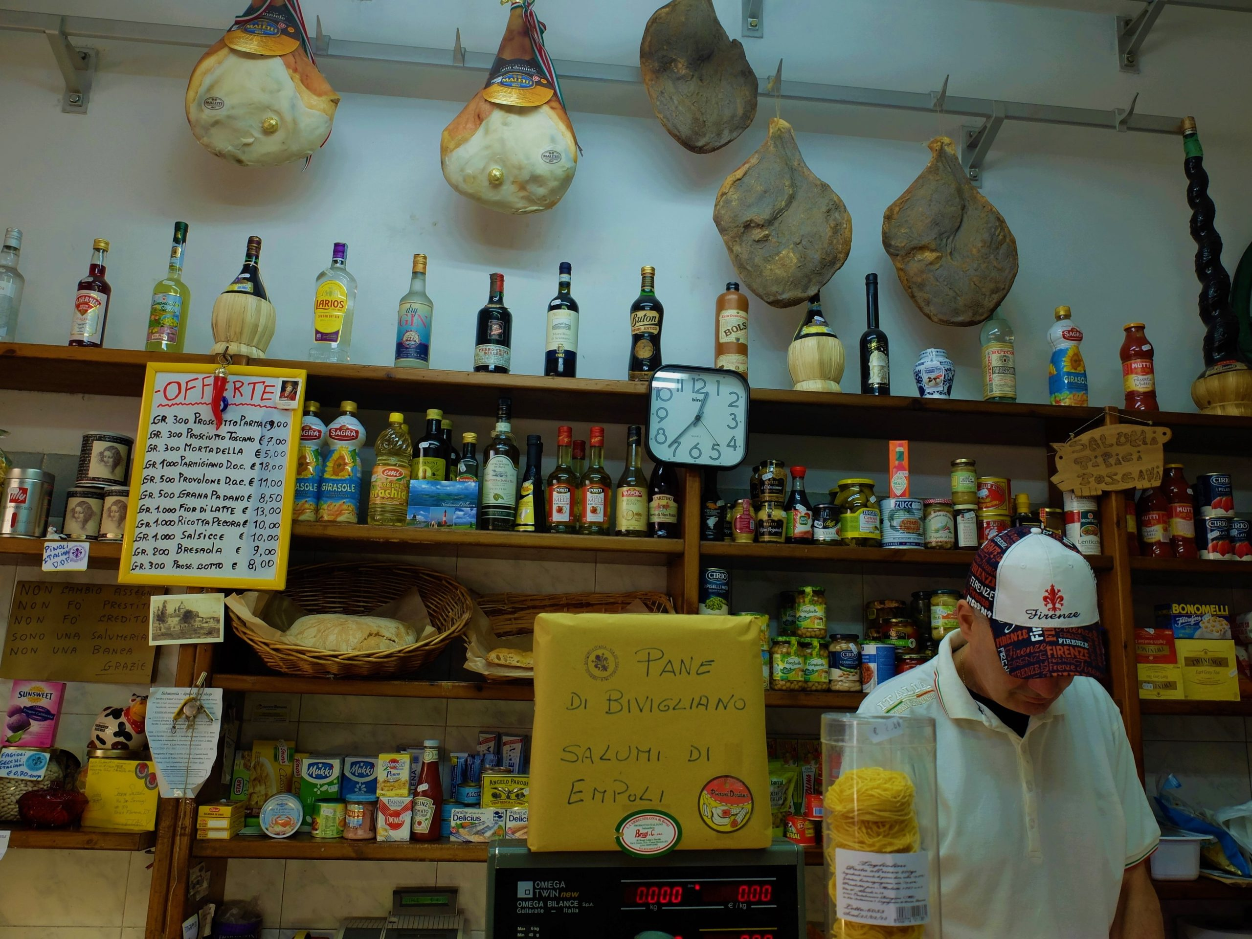 A review of Eating Italy Food Tours' Florence tour The Other Side of Florence - a walking tour with food tastings around Florence.
