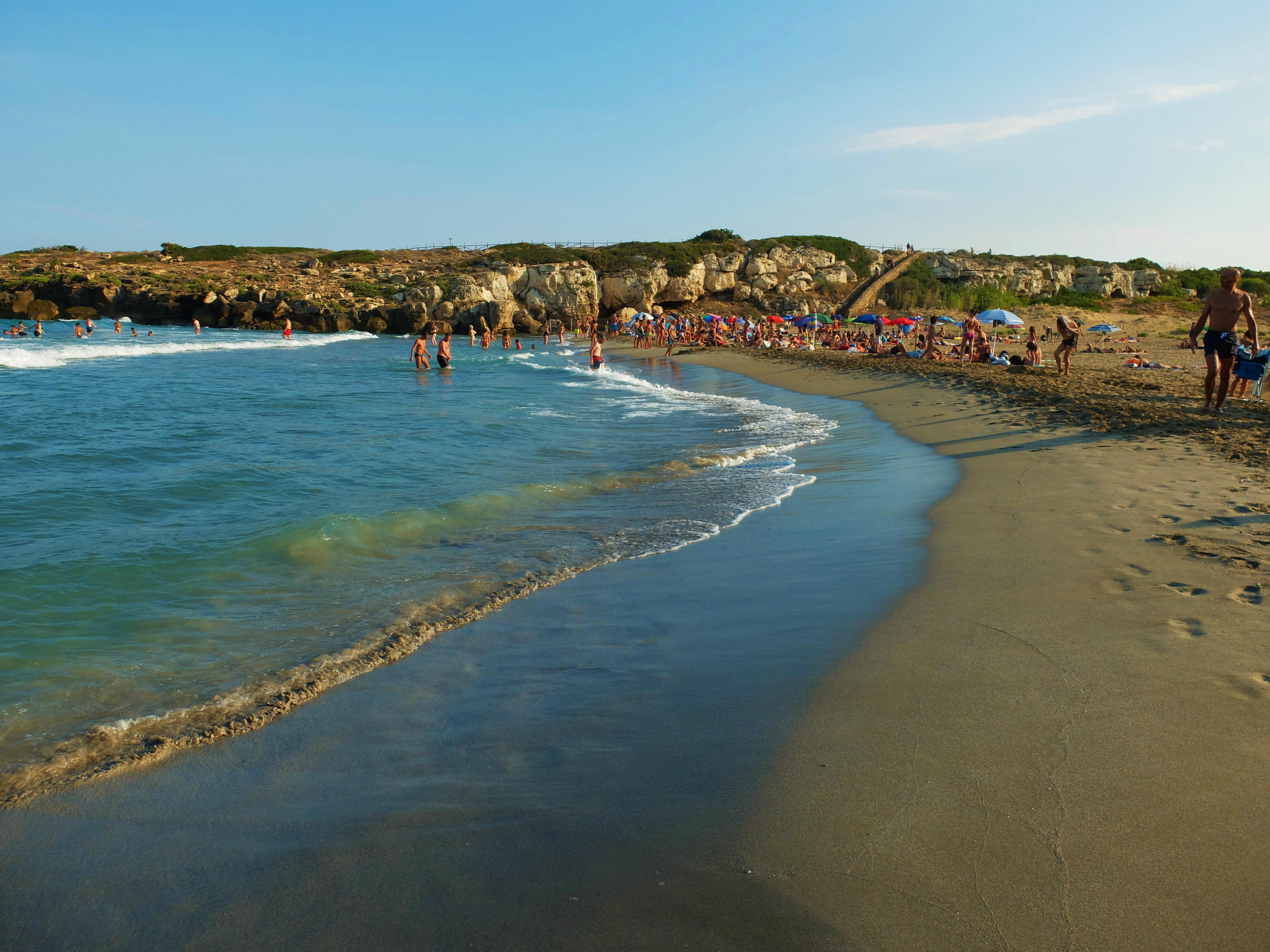 This guide to South-East Sicily's top ten beaches includes something for everyone - so whether you're looking for a wild spot of unspoilt coastline, a place to go surfing or windsurfing, or an elegant beach resort with full services - read on!