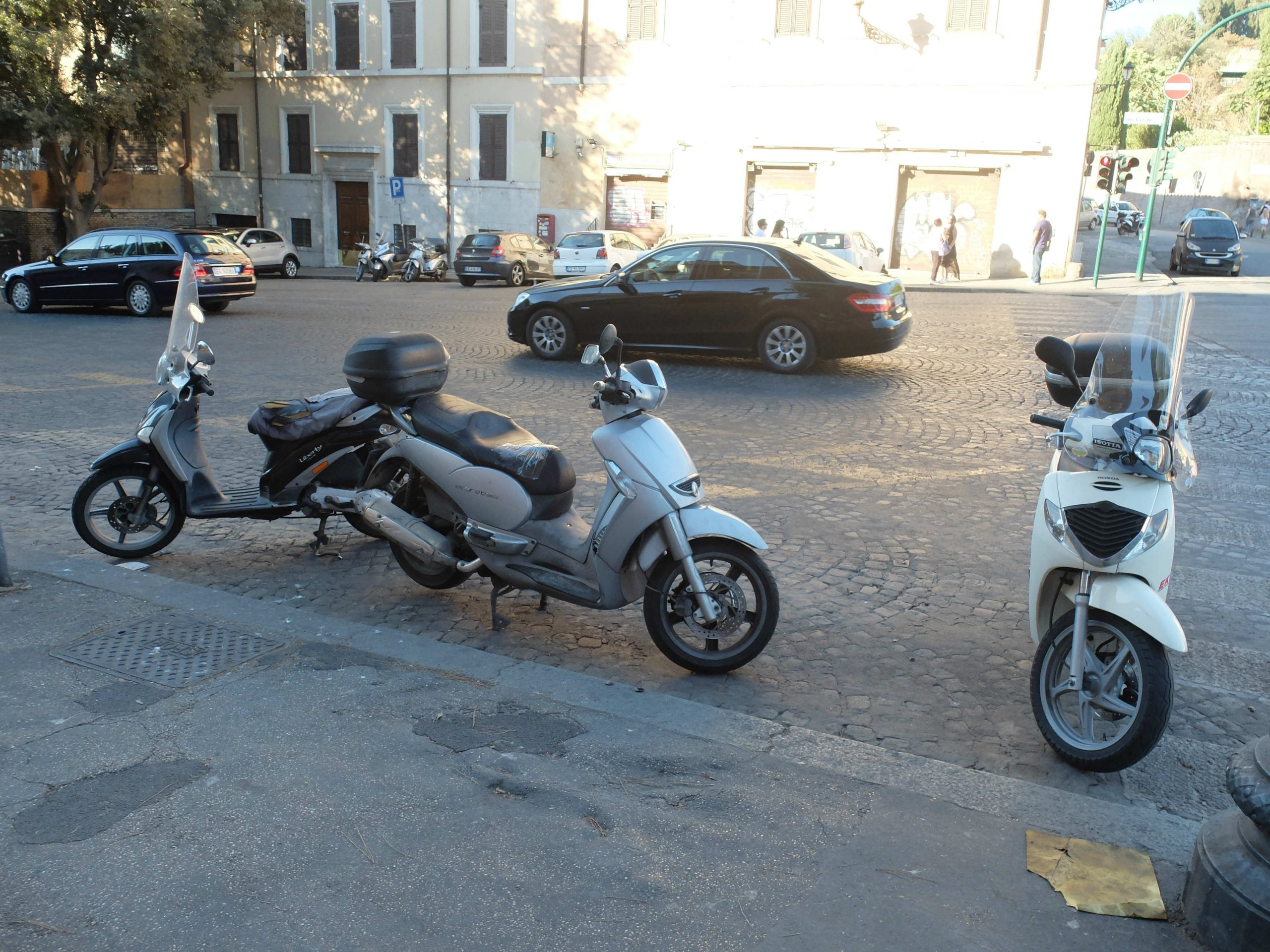 Driving a scooter in Italy - everything you need to know