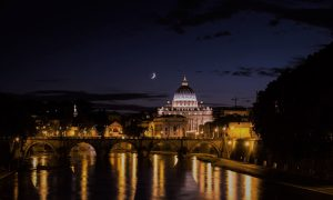 Easter in Rome 2021: a guide to Holy Week 2021 in Rome, including Maundy Thursday, Good Friday, Easter Saturday, Easter Sunday and Easter Monday.