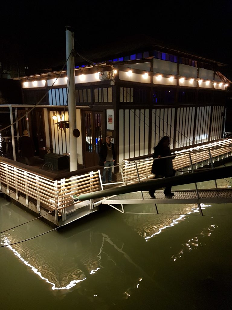 Dram boat in Rome is a jazz club, whisky bar, cocktail bar and brunch spot on the River Tiber