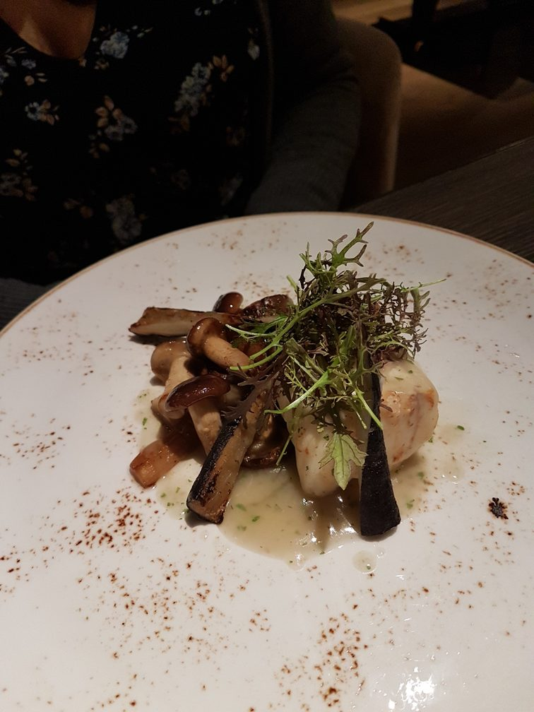 Emme Restaurant offers healthy, gourmet dining in a five star hotel in Rome