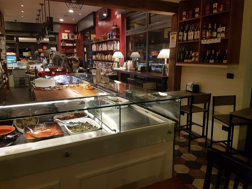 Costrini Italian Flavor, Abruzzo delicatessen, lunch spot and trattoria in Rome's Nomentana neighbourhood