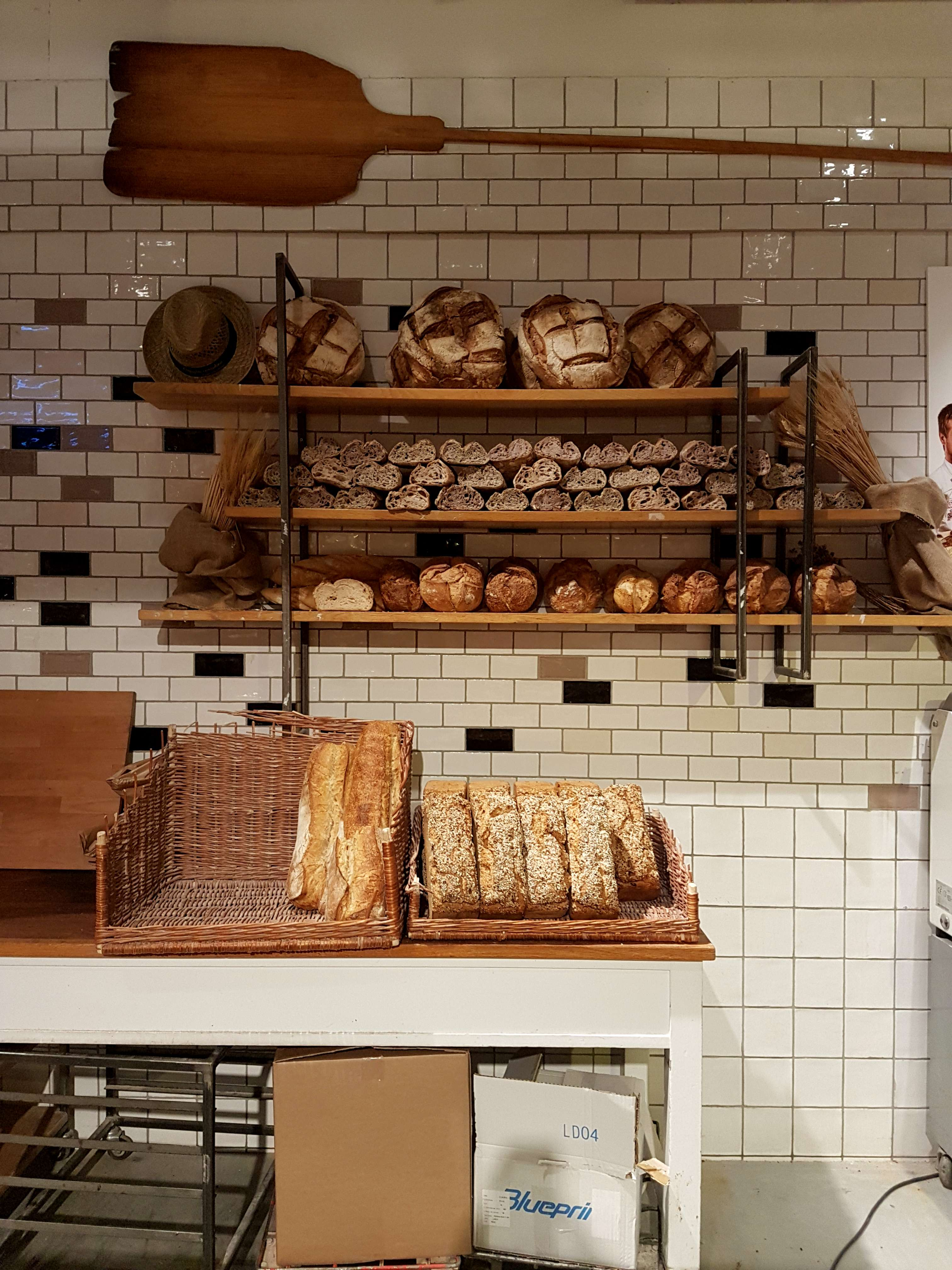 Best things to eat at Eataly Rome include smart flagship restaurant Terra plus several casual dining options. All new Eataly menu and Ikea pop-up store.