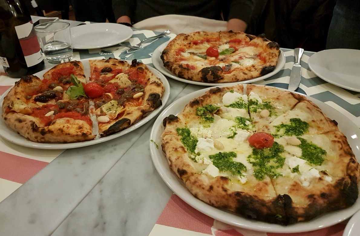 Fornace Stella is a new pizzeria in Rome in the Piazza Bologna - Policlinico district, offering great value pizza and casual dining in modern surroundings.