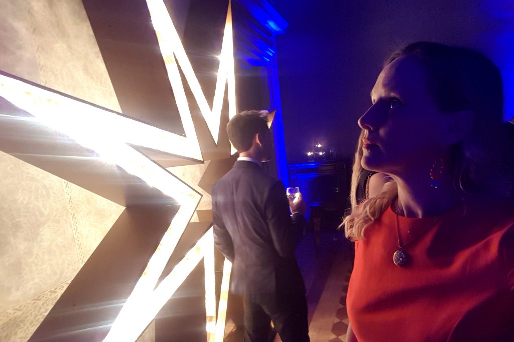 What's it like going to a fashion week party in Rome thrown by one of the great Italian designers? I was able to peek into this world recently after attending Bulgari's New Curiosity Shop launch party at Palazzo Sacchetti in Rome. #newcuriosityshop