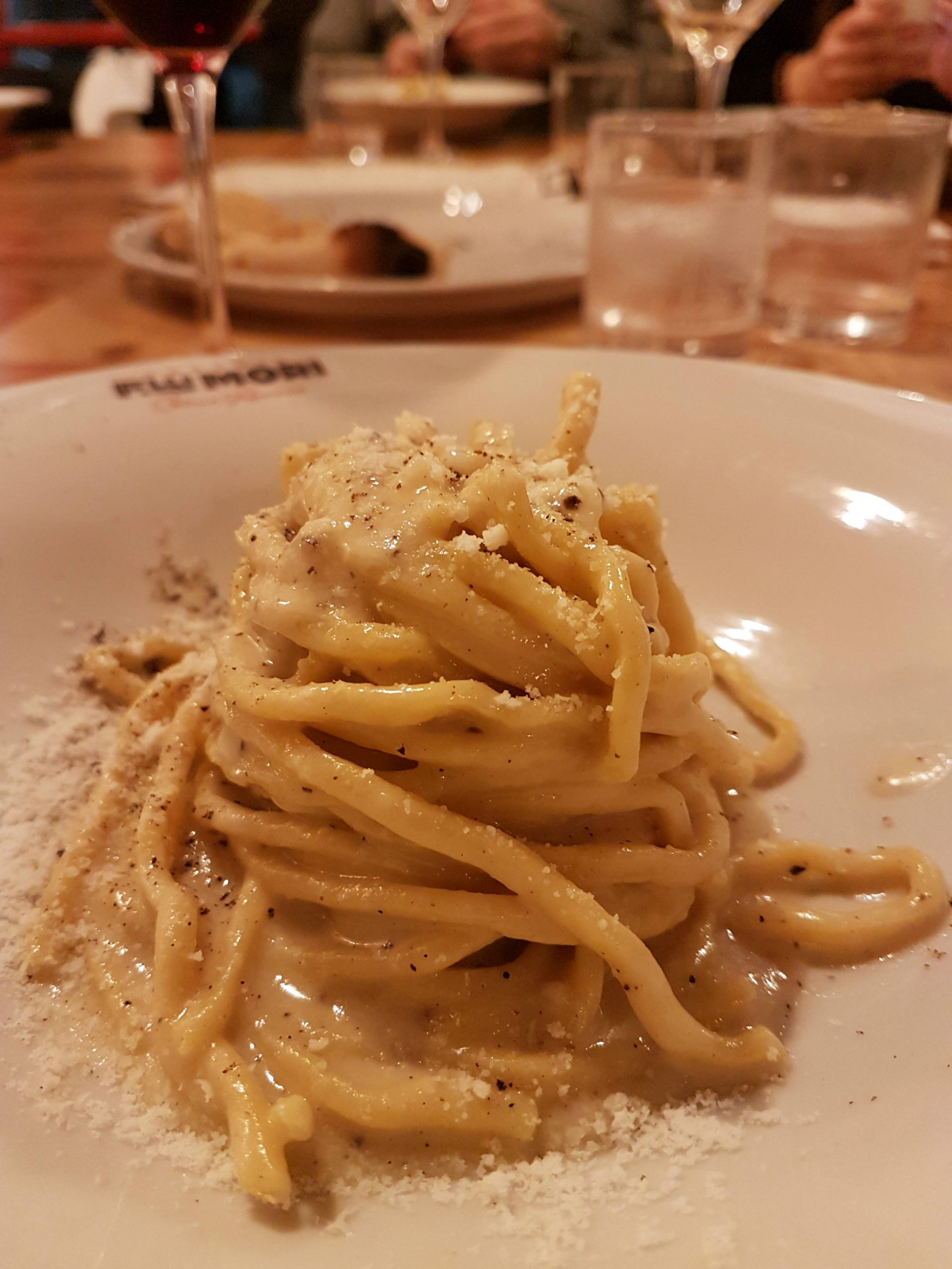 Review of Osteria Fratelli Mori, Roma Ostiense, a traditional Roman trattoria which never disappoints with its seasonal ingredients and Italian ingenuity.