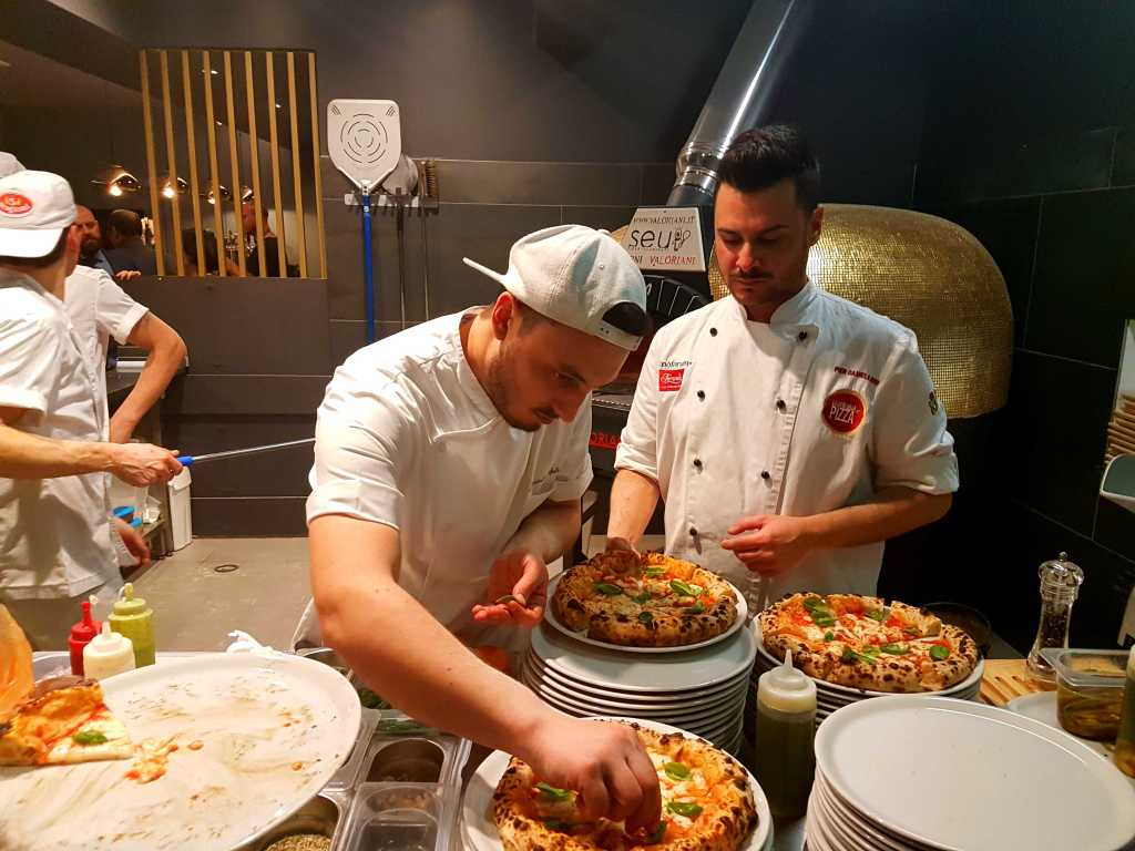 Trastevere restaurants: Seu Pizza Illuminati - where to eat in Trastevere